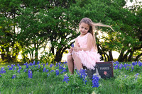 Round Rock Texas Premier Lifestyle Photographer-Harwood Blue Bonnet Photos-08197